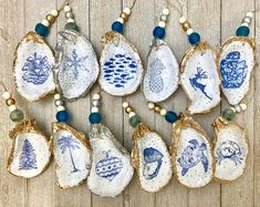 Decoupage Oyster ornaments available stamped in dark grey or gold Oyster Shell Crafts, Oyster Shells, Oyster Diy, Clam Shells, Seashell Art, Seashell Crafts, Christmas Decoupage, Painted Shells, Summer Crafts For Kids