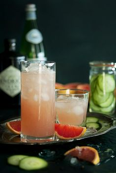 Cucumber Grapefruit and Black Pepper Fizz #drinks #booze #cocktails