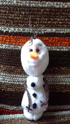 DIY Frozen Olaf sock snowman doll for 2014 Christmas with brown acrylic yarn hairs and arms - handicraft, toy figurine #2014 #Christmas #Frozen #Olaf #ornament