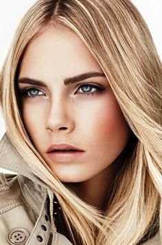British fashion model Cara Delevingne stars as the one of the faces of Burberry Beauty Spring 2011 Campaign. The supermodel sports nude makeup looks in the advertisement images. Cara Delevingne, Nude Makeup, Nude Lipstick, Hair Makeup, Flawless Makeup, Glossy Lipstick, Makeup Contouring, Gorgeous Makeup, Pretty Makeup