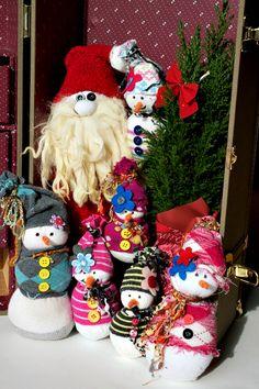 NO Sew Sock Santa and Snowmen