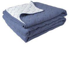 riverside quilt medium blue/white   Taylor Road