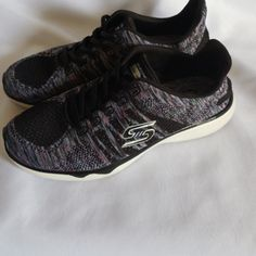 Tone ups Sketchers tennis shoes Tone up Sketchers white and