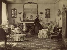 "Vintage Home We love old photos from inside homes that give a glimpse in to daily life. Such is the case with this 1865 photo called ""Interieur"" taken by Lady Frances Jocelyn. - We hope you enjoy these photos as much as we enjoyed putting them together! Victorian House Interiors, Victorian Living Room, Victorian Parlor, Victorian Life, Victorian Photos, Victorian Furniture, Vintage Interiors, Victorian Decor, Antique Photos"
