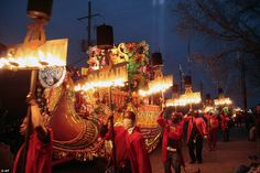 MARDI GRAS NEW ORLEANS | ... float in the Mardi Gras parade in New Orleans on Monday night