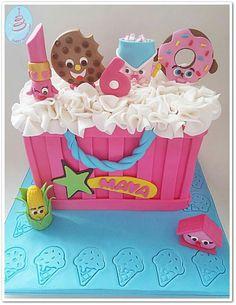 Amazing shopkins cake