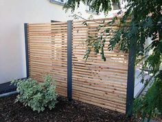 Garden Garden Design Ideas and Pictures homify design privacy fences: modern garden by Stahlzart The post garden garden design ideas and pictures homify appeared first on Gartengestaltung ideen. Patio Privacy Screen, Privacy Fences, Backyard Privacy, Garden Privacy, Indoor Garden, Outdoor Gardens, Unique Garden, Garden Modern, Modern Gardens