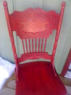 Am not really a 'red' furniture lover, but I must admit this is beautiful. From Shabby Shed.