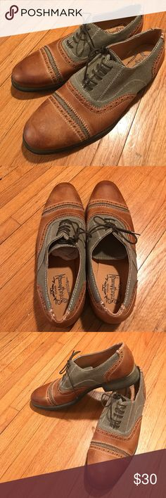 New Steve Madden handmade leather shoes size 9.5 New Steve Madden 2 tone brown and gray  handmade leather shoes size 9.5 Steve Madden Hand Made Shoes Oxfords & Derbys
