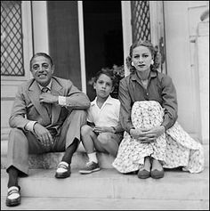 Tina (Athina Mary) Livanos with her first husband, Aristotle Onassis, with their son, Alexander Greece History, Feminine Face, Jackie Kennedy Style, John Spencer, Celebrities Then And Now, Maria Callas, Two Daughters, Special People, Rare Photos