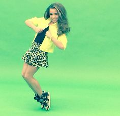 Read More About Mackenzie doing a photoshoot. Dance Moms Costumes, Dance Moms Dancers, Dance Mums, Dance Moms Girls, Dance Moms Mackenzie, Maddie And Mackenzie, Mackenzie Ziegler, Maddie Ziegler, Moncler