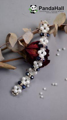 seed bead bracelet patterns for beginners Seed Bead Tutorials, Jewelry Making Tutorials, Beading Tutorials, Beaded Bracelets Tutorial, Beaded Bracelet Patterns, Embroidery Bracelets, Diy Bracelet Ends, Pearl Bracelet, Bead Crafts