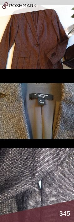 Ann Taylor Blazer Sz 0P In excellent condition; sort of a salt and pepper color; in the gray family; let me know if you have questions! Ann Taylor Jackets & Coats Blazers