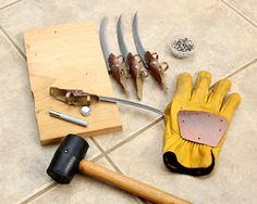 Assembling Freddy Krueger Worbla glove