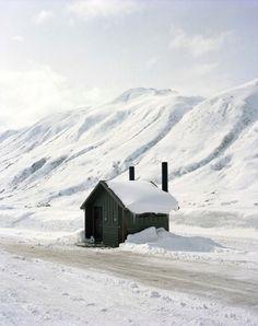 Cabin, Somewhere in Alaska I Love Snow, I Love Winter, Winter Snow, Alaska Winter, Winter Magic, Snow Scenes, Winter Scenes, Cabana, Snow Pictures