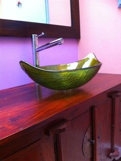 Rainforest Leaf Glass Vessel Basin
