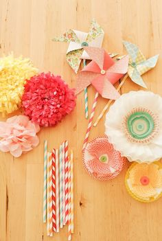 pretty party decor {stevie pattyn for shop sweet lulu}.tissue paper flowers and fringe, paper pinwheels, coffee filter + cupcake liner flowers Flower Crafts, Diy Flowers, Paper Flowers, Summer Flowers, Diy And Crafts, Crafts For Kids, Arts And Crafts, Paper Crafts, Cupcake Liner Flowers