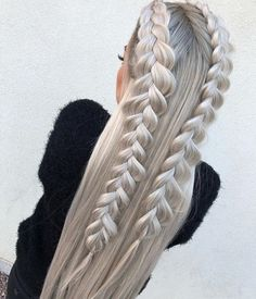 This post contains the most amazing braided hairstyles. These braids will make your hair looks fabulous, attractive and most of all charming Box Braids Hairstyles, Pretty Hairstyles, Wedding Hairstyles, Braided Hairstyles For Long Hair, Hairstyles 2018, Teenage Hairstyles, Formal Hairstyles, Hairstyles Videos, Hairdos