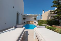 Enjoy the peaceful privacy of the Junior Villa at Santorini Secret Suites and Spa
