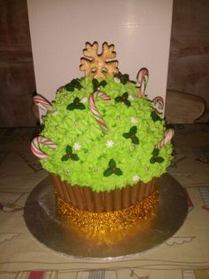 Christmas tree Christmas Tree, Cakes, Desserts, Food, Teal Christmas Tree, Tailgate Desserts, Scan Bran Cake, Holiday Tree, Kuchen