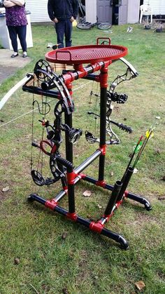 Compound bow stand