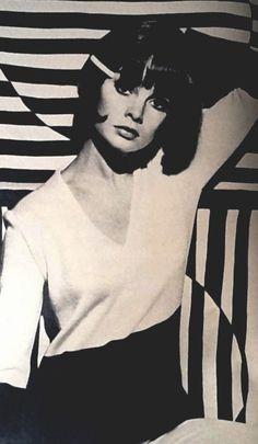 Jean Shrimpton photographed by Peter Knapp for Elle magazine, June 1965