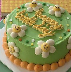 Pretty Birthday Cakes, Pretty Cakes, Mini Cakes, Cupcake Cakes, Bolo Laura, Simple Cake Designs, Pastel Cakes, Pinterest Cake, Frog Cakes