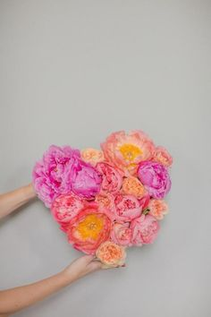 Flower Wedding Décor with DIY Project for Romantic Wedding