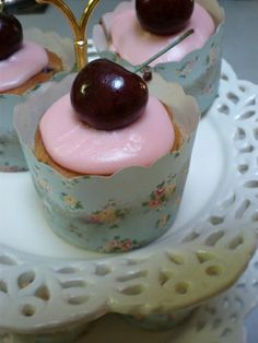 Apple, Black Cherry and Cinnamon Cupcakes in Shabby Chic Cupcake papers by Cupcake Central (Sheryl), via Flickr