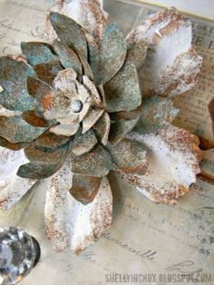 Stamptramp: Countdown to Creativity - Jumbo Tattered Florals. Flowers created from aluminum flashing, paint, and embossing powder. Tin Can Flowers, Metal Flowers, Faux Flowers, Paper Flowers, Metal Roses, Aluminum Can Crafts, Metal Crafts, Soda Can Crafts, Recycled Art Projects