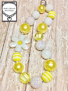 Sunshine & Daisies Necklace $16.00
