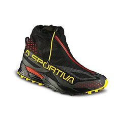 Crossover Gtx: a shoe with an integrated gaiter designed for off road running in winter months but which can be used as an after ski boot too Winter Running, Road Running, Running Man, Trail Running Shoes, Crossover, Ski Boots, Hiking Boots, Marathon, Mountaineering