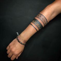 Tatogeometria - tattoos tatoo tattoos maori tattoos deviantart tattoos for men Maori Tattoos, Maori Tattoo Frau, Marquesan Tattoos, Tribal Tattoos, Tribal Band Tattoo, Armband Tattoo Frau, Armband Tattoos, Tattos, Bracelet Bras