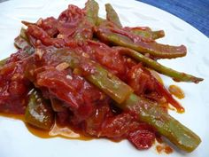 Romano beans and tomatoes. Also good with some oregano.