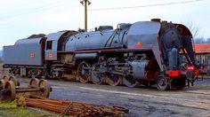 La locomotive a vapeur 141 R de la SNCF, locomotives légendaires, trains de légende.