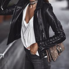 Last night in lace-up leather ➰ it's been a weekend of wearing @nourhammour_paris leather jackets. Always so good! (BTW it was so windy that my shirt was getting whipped around while taking this pic - it's not a super wrinkled shirt. Lol) Hope everyone had a great weekend!