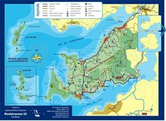 Los barcos hacen la ruta Cangas-Vigo durante todo el año. En verano, también hay barcos desde Cangas a las Islas Cíes.