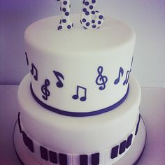 Sweet 16 custom musical cake, this would be perfect for Tay's sweet 16