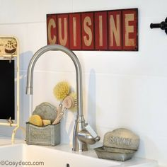 balayette porte brosse d co ange d coration wc r tro antic. Black Bedroom Furniture Sets. Home Design Ideas
