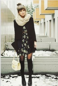 Écharpe infinie et jambières, voici des accessoires indispensables pour passer l'hiver à #Montreal ! #Mode #Hiver