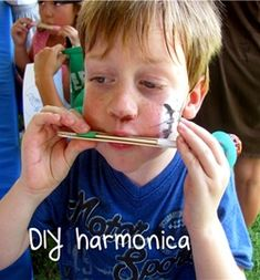 DIY Kids Harmonica (via Montessori Tidbits) so easy and uses only a few simple items!
