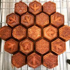 Honeycomb Pan