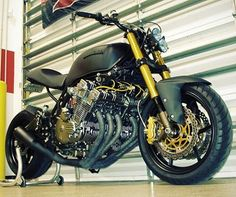 Honda CBX 1000 6 cyl. engine cafe racer instagram.com/caferacer.brasil