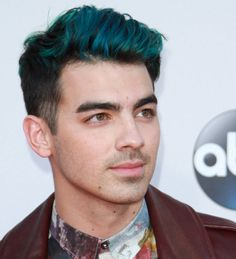 Joe Jonas laughs off blue hair gossip - YOUNG HOLLYWOOD