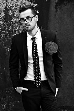 Suit, tie rose..