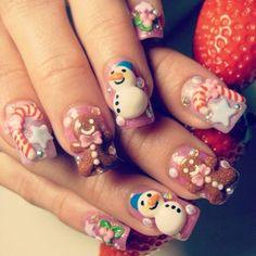 Beautifully sculpted Xmas nails.