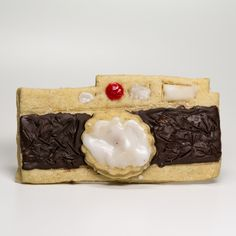 A Leica camera tasty holiday treat! Enter our Leica Das Plätzchen Holiday Cookie Competition until December 31, 2012 by clicking here: https://www.facebook.com/LeicaCamera/app_95936962634