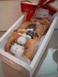 Caixa das Bolachas Decoradas Boneco de Neve | by Vera Madeira - L´art in Dolce