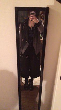 ゆるっとパンツとかっちりジャケット。アルゴンキンのワイドパンツは最近のお気に入り。