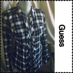 """Guess Top M •Guess • Black Gray White • pink striping • button down • collar • 1 pocket • arm 24"""" long • across flat 17"""" • shoulder to hem approx 24"""" Guess Tops Button Down Shirts"""